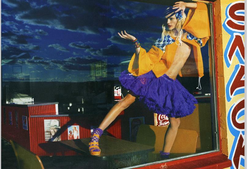 photography,fashion,women,woman,femme,style,mode,emma summerton