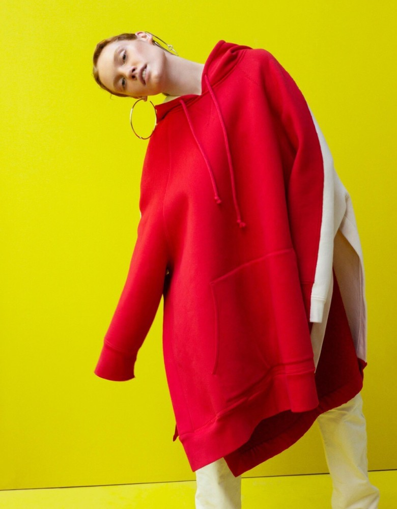 jona model  superbe  connecting fashion talents