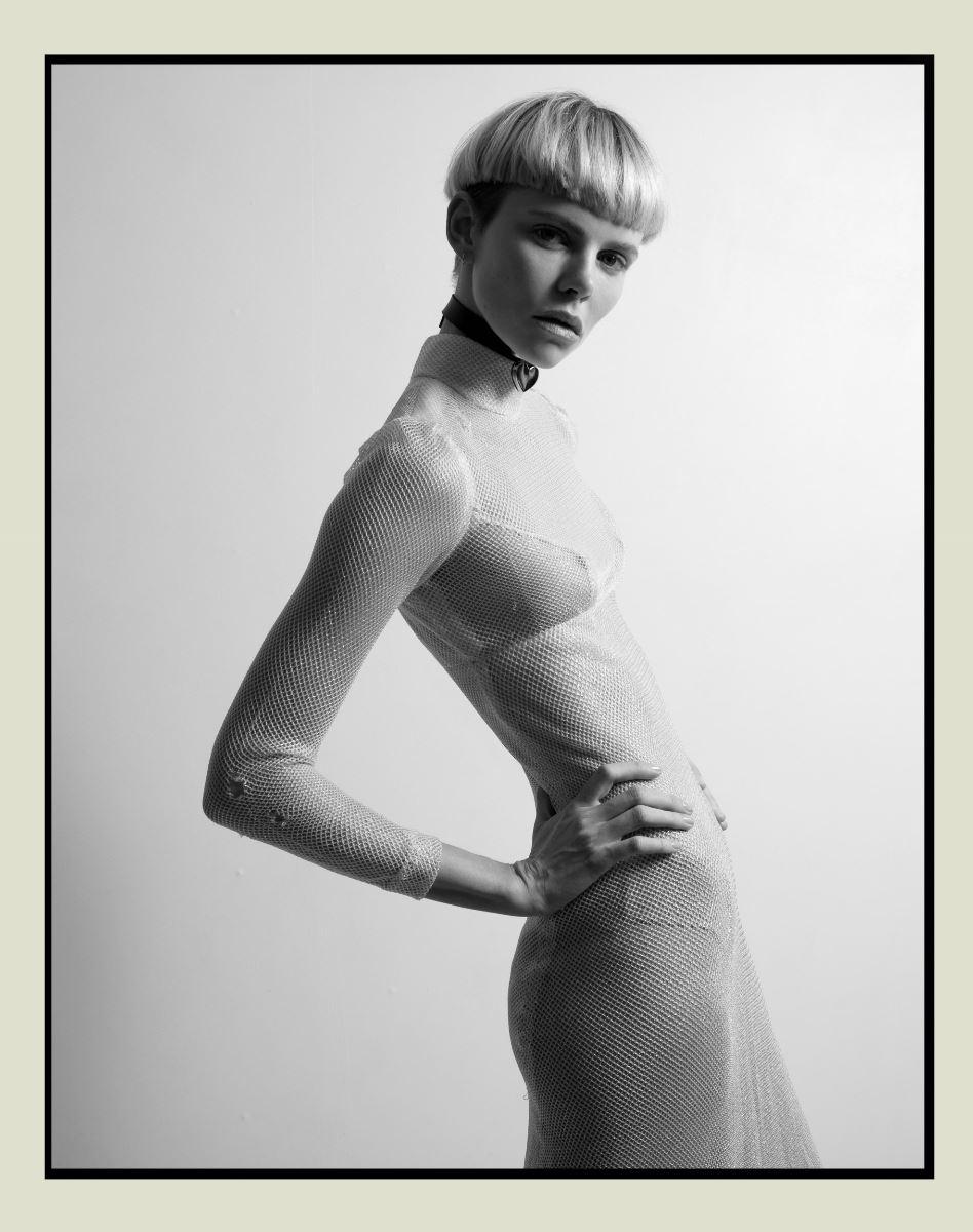 Nackt  Nina Milner Nina Milner: